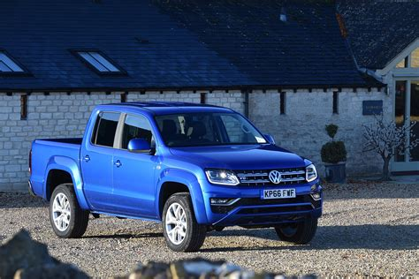 New Vw Truck by Volkswagen Amarok 2017 Uk Review Pictures Auto Express