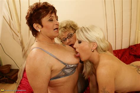 Young Mature Lesbian Porn Porn Archive