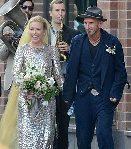 Piper Perabo and Stephen Kay | Which Celebrity Couple Had the Ultimate Summer Wedding ...