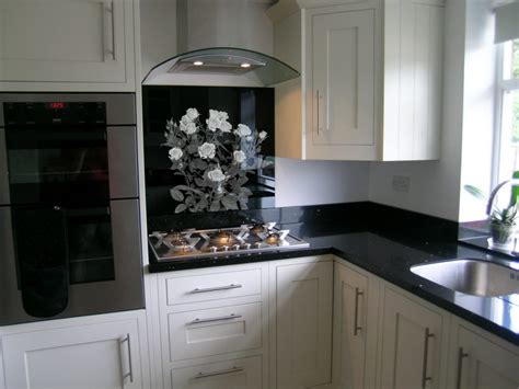 kitchen tiled splashback ideas custom kitchen splashback tiles grand engrave 6285