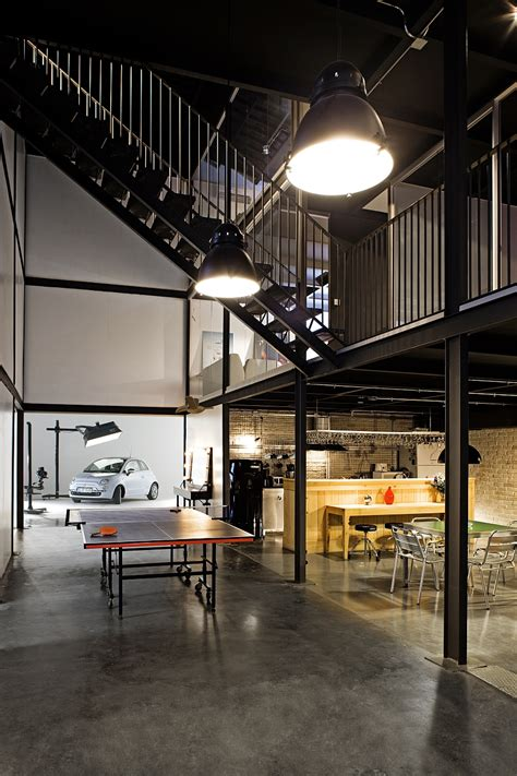 warehouses  stunning office spaces