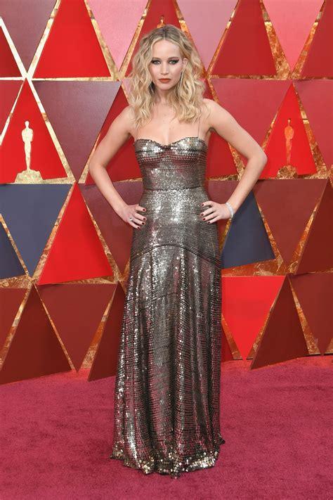 Jennifer Lawrence - Oscars 2018 Red Carpet • CelebMafia