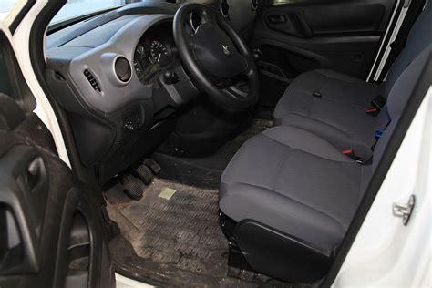 nettoyage interieur cuir voiture galerie esthetic car