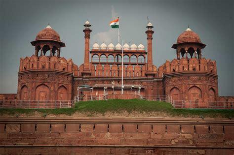 red fort  delhi       adventure