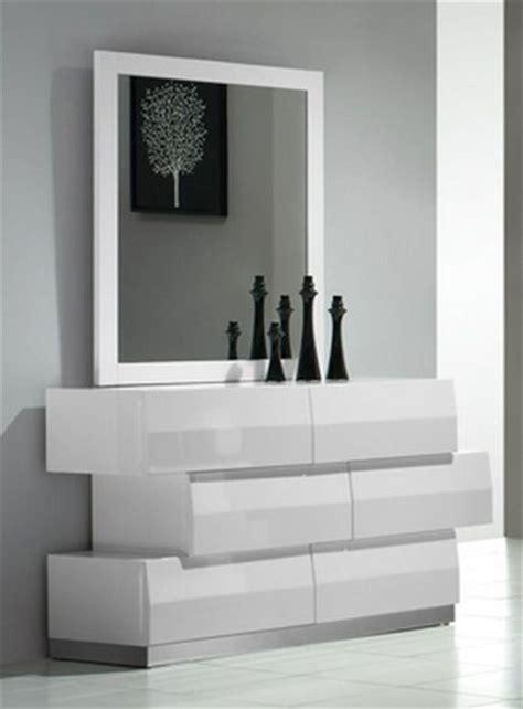 white modern dresser milan contemporary 6 drawer dresser in white lacquer