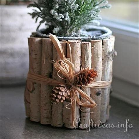 christmas craft recycling  cans natural