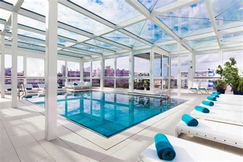 hotel con idromassaggio top floor indoor pool with