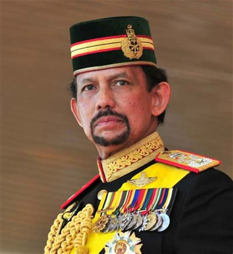 sultan hassanal bolkiah sultan of brunei hassanal bolkiah one of the richest