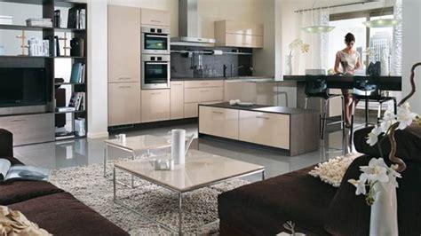 salon et cuisine cuisine ouverte