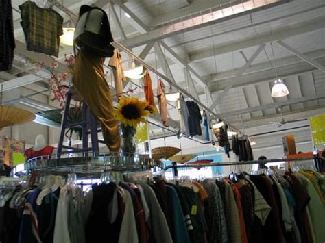 lifelong thrift store  vintage consignment