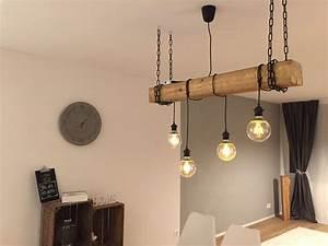 Große Glühbirne Als Lampe : selfmade rustikale lampe mit h ngenden gl hbirnen und holzbalken interior design in 2019 ~ Eleganceandgraceweddings.com Haus und Dekorationen