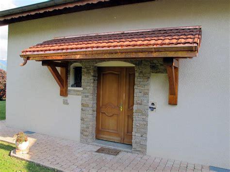 fabrication d une marquise en bois pn bois patrice nicollet charpente construction de chalets bois marnaz haute savoie cluses 74