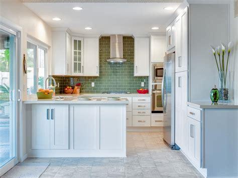 hgtv kitchen backsplashes 20 party ready kitchens kitchen ideas design with cabinets islands backsplashes hgtv