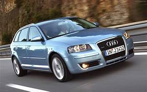 Audi A3 2004 : 8p optyczny grill rs3 w a3 8p i 8v ~ Gottalentnigeria.com Avis de Voitures