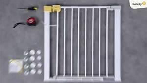 Barrière De Sécurité Safety : barri re de s curit easy close par safety 1st youtube ~ Dailycaller-alerts.com Idées de Décoration