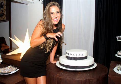 Festão! Andréia Sorvetão Celebra Os 17 Anos Da Filha