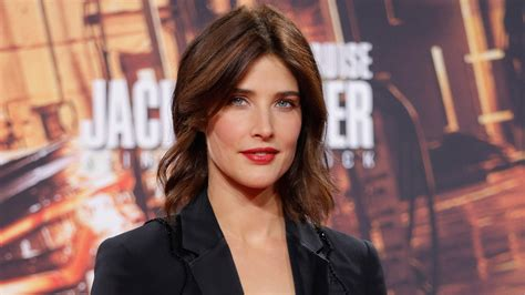 jack reacher 2 lawyer actress actress cobie smulders reveals she battled cancer during