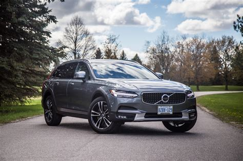 2017 Volvo V90 Cross Country by Review 2017 Volvo V90 Cross Country Canadian Auto Review