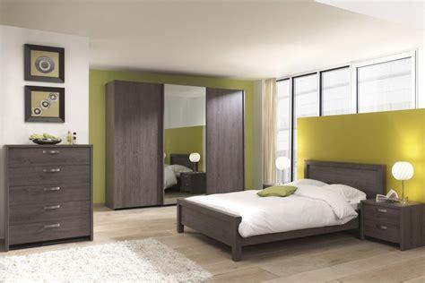 modele de chambre a coucher simple indogate com salle de bain et moderne