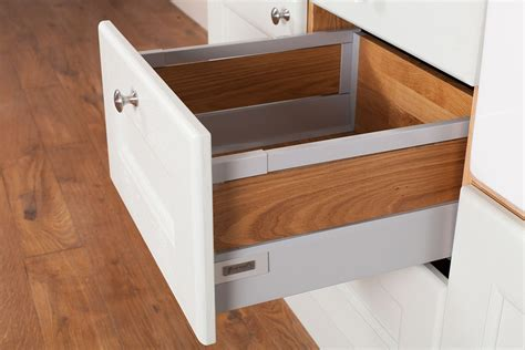 Kitchen Cabinet Drawer Boxes by Solid Oak Wood Kitchen Drawers Solid Wood Kitchen Cabinets