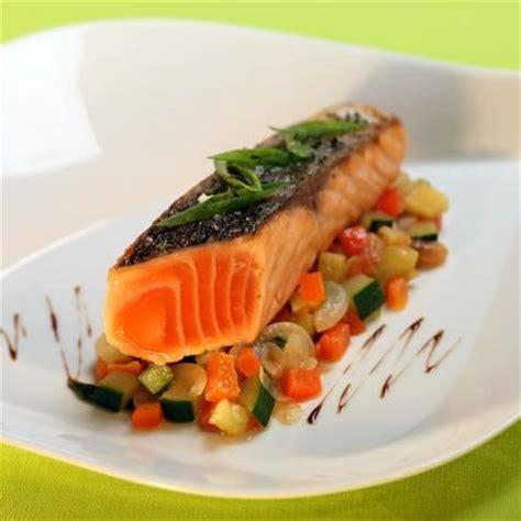 comment cuisiner le saumon comment cuisiner pave de saumon 28 images pave de