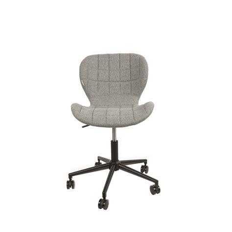 chaise de bureau design et confortable chaise de bureau confortable zuiver quot omg quot