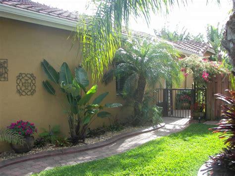 tropical plants landscaping ideas detec landscape designs tropical