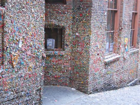 gum wall  seattle united states world  travel