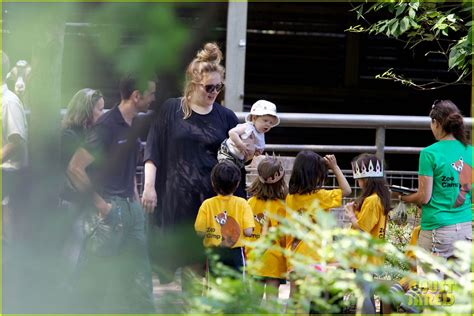 adele debuts baby angelo   york citys central park