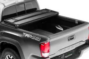Tri-Fold Hard Tonneau Covers for Trucks