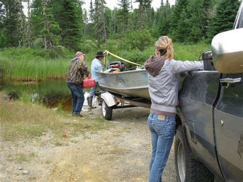 Hunting Boats For Sale In California by Fishing Hunting At Young Lake Lodge In Ontario Canada