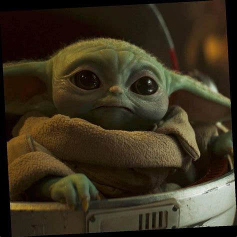 Baby Yoda Makes An Epic Return in The Mandalorian Season 2 ...