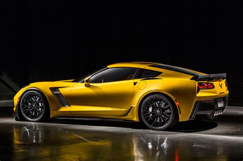 2018 Chevrolet Corvette Z06 Rear Side Profile Photo 12
