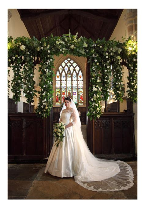 wedding florist leicestershire country house flowers