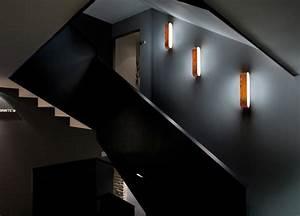 Lampen Für Treppenhaus : wandleuchte aus holz f r den flur und das treppenhaus lampen lampen beleuchtung und w nde ~ Watch28wear.com Haus und Dekorationen