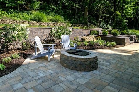 a variety of outdoor heating options extend the patio
