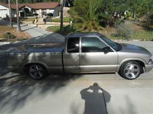 Sell Used 1999 Chevrolet S10 Base Extended Cab Pickup 2