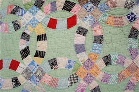 about wedding ring quilt block