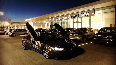 First Standalone Bmw I Dealership Opens In California
