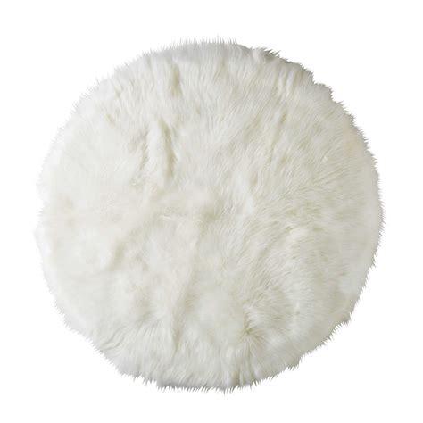 deco de chambre fille ado tapis rond en fausse fourrure blanche d 140cm furil