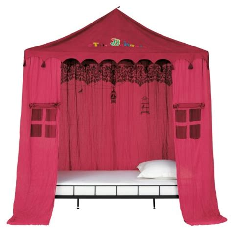 chambre fille  lit cabane decorer meubler la chambre