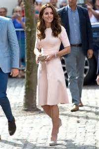 robe de mariã e kate middleton kate middleton just wore the blush dress of our dreams