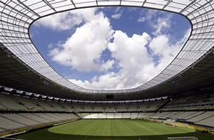 Fußball Weltmeisterschaft 2014 Stadien : fu ball wm 2014 in brasilien in diesen zw lf stadien soll der ball rollen fu ball lahrer ~ Markanthonyermac.com Haus und Dekorationen