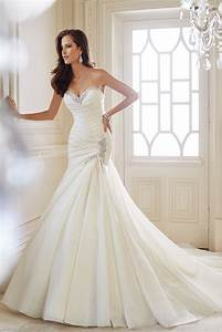 the 25 most popular wedding gowns of 2014 bridalguide With top wedding dresses