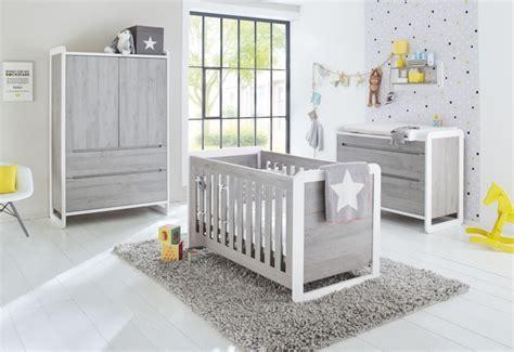 chambre bébé gris et chambre bébé large frêne gris et blanc curve lestendances fr
