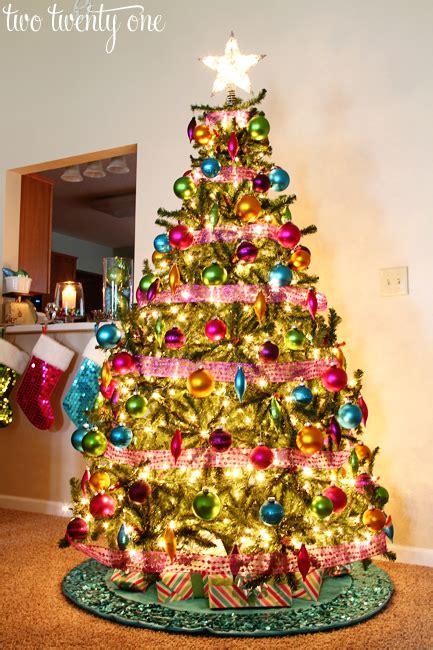 put lights   christmas tree  twenty