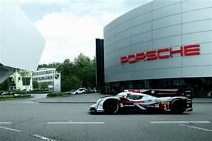 Actualite Le Mans : le mans audi souhaite la bienvenue porsche actualit automobile motorlegend ~ Medecine-chirurgie-esthetiques.com Avis de Voitures