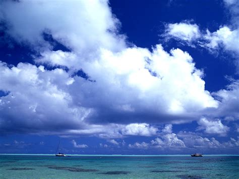 wallpapers: Moving Clouds Wallpapers