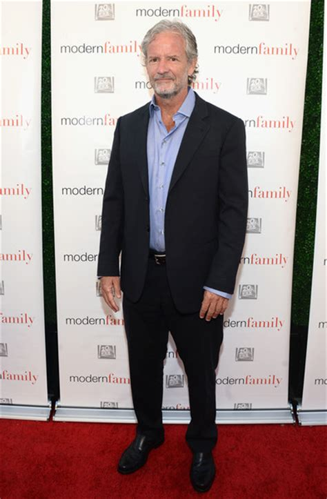 christopher lloyd modern family christopher lloyd in abc s modern family atas emmy event arrivals 1 of 5 zimbio