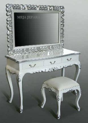 contoh model meja rias minimalis cantik gambar rumah idaman
